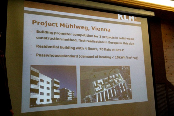 10オーストリア・スイスのパッシブハウス・木造多層階研修11  KLH社2_e0054299_17313770.jpg
