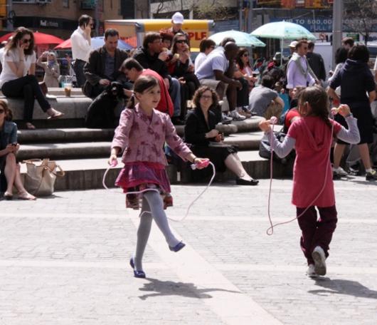 ニューヨークはすっかり春です_b0007805_2332411.jpg
