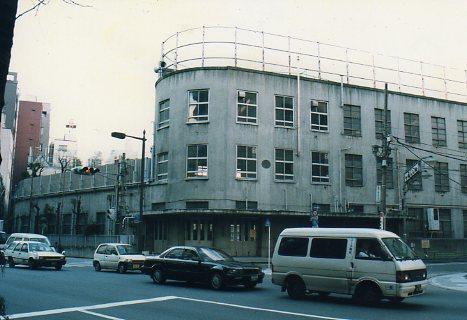 東京都中央区立旧京華小学校(昭和モダン建築探訪)_f0142606_2222324.jpg