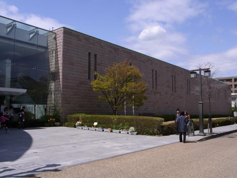 これがインスタントラーメン発明記念館だ_b0017844_2343091.jpg