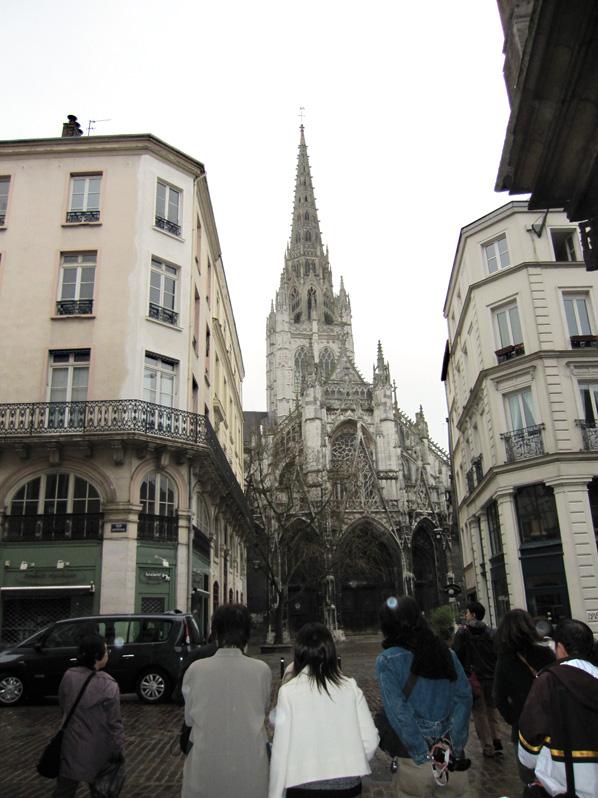 フランスへGO♪♪^^♪♪ 〜3/21〜サン・トゥアン教会〜_f0119369_15541883.jpg