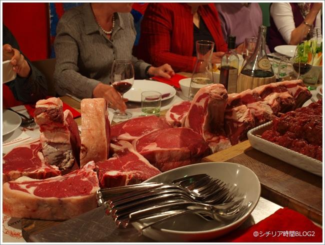 トスカーナでビステッカ フィオレンティーナを食す(2010年パスクワの旅)_f0229410_513072.jpg