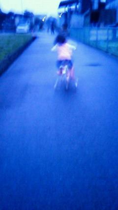 自転車の練習中!!_a0167735_21411486.jpg