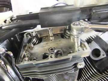 ツインカムエンジン 完成!?_c0226202_1859133.jpg
