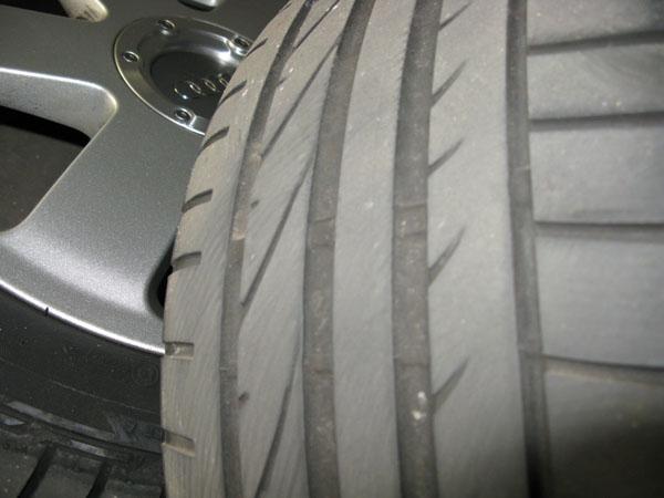 タイヤ付けました。筋肉やられました(爆)_d0045432_1049731.jpg