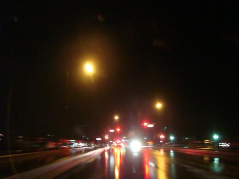 冷たい雨の中を_a0014840_2248351.jpg