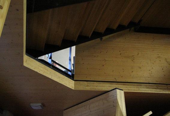 10オーストリア・スイスのパッシブハウス・木造多層階研修12_e0054299_10323037.jpg