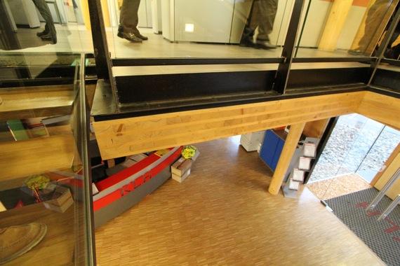 10オーストリア・スイスのパッシブハウス・木造多層階研修12_e0054299_1033458.jpg