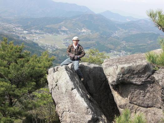 岩石山へお花の下見_e0164643_2240032.jpg