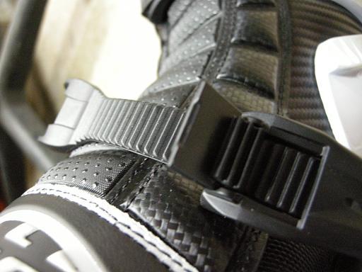 次世代ブーツ襲来!_f0062361_0292393.jpg
