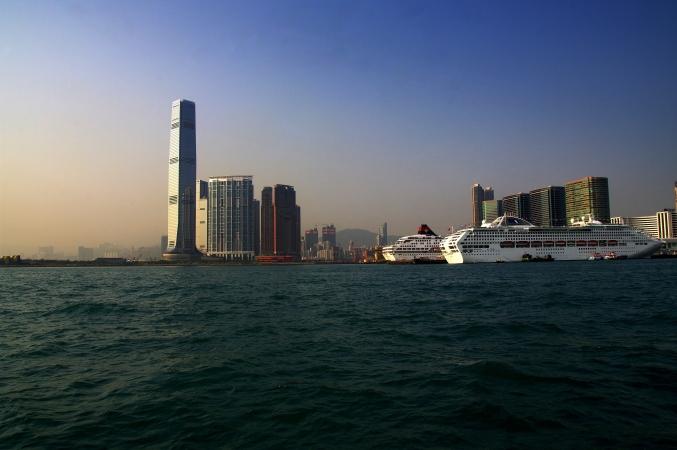 港・香港 ~たそがれの時~ _d0145934_7471910.jpg