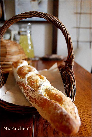 久しぶりにパンなど焼いておもてなし_a0105872_16342166.jpg