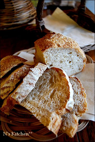 久しぶりにパンなど焼いておもてなし_a0105872_16345126.jpg