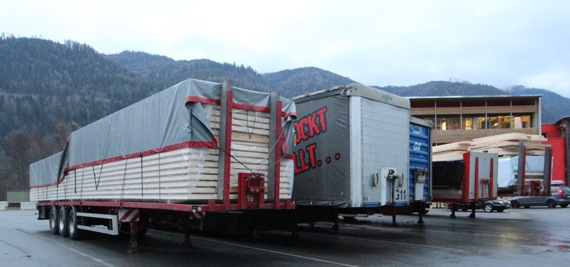 10オーストリア・スイスのパッシブハウス・木造多層階研修13_e0054299_9544695.jpg