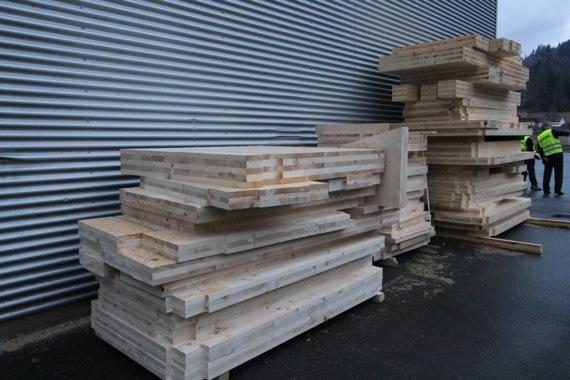 10オーストリア・スイスのパッシブハウス・木造多層階研修13_e0054299_9545942.jpg