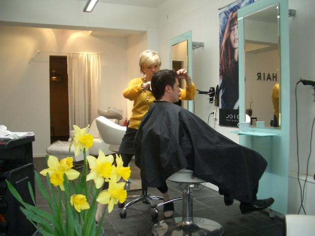 スウェーデン美容師さんとの不思議な関係_a0159707_19503563.jpg