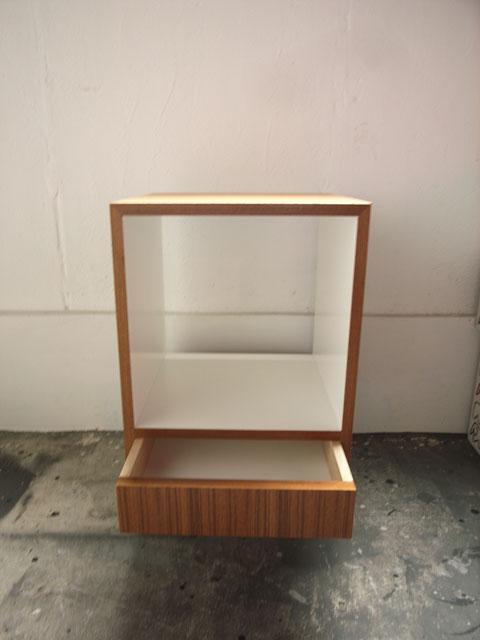 End Table [Nite Stand]_a0161631_16383525.jpg