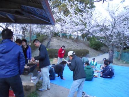 山幸お花見 in会下山公園_e0166762_1442669.jpg