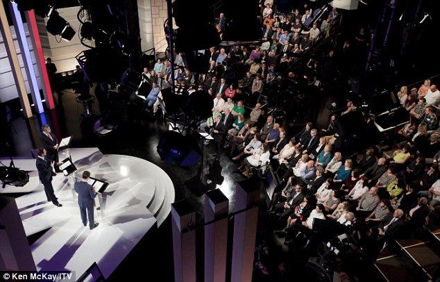 英国総選挙「TV討論」:「自民」ニック・クレッグの「衝撃的勝利」 : クーリエ・インフォ