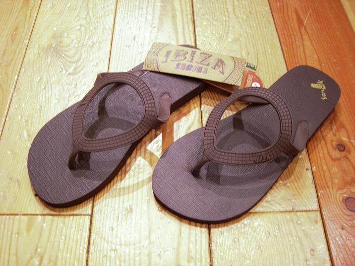 Sanuk(サヌーク) Lady\'s Beach-Sandal  ・  Men\'s SHOES _f0191324_0514441.jpg