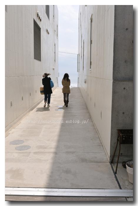 妻とNoriさんと湘南デート ☆ 茅ヶ崎で Lunch & 鎌倉七里ガ浜へ Go!_d0069838_1015348.jpg