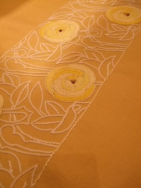 オークリーフ(刺繍展の装飾)_f0049672_1759523.jpg