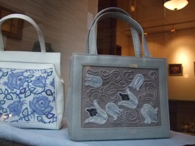 オークリーフ(刺繍展の装飾)_f0049672_1803173.jpg