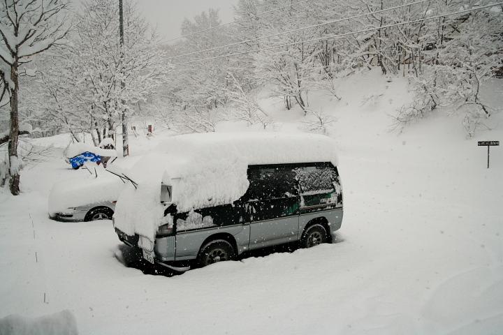 大雪です (◎_◎)_d0012134_1121965.jpg