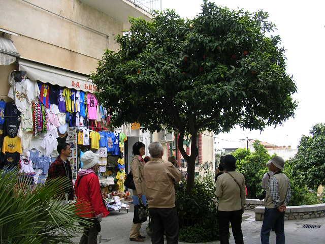 イタリア旅⑥⑦4月10,11日、タオルミーナ、チェファル観光_f0060461_13373566.jpg