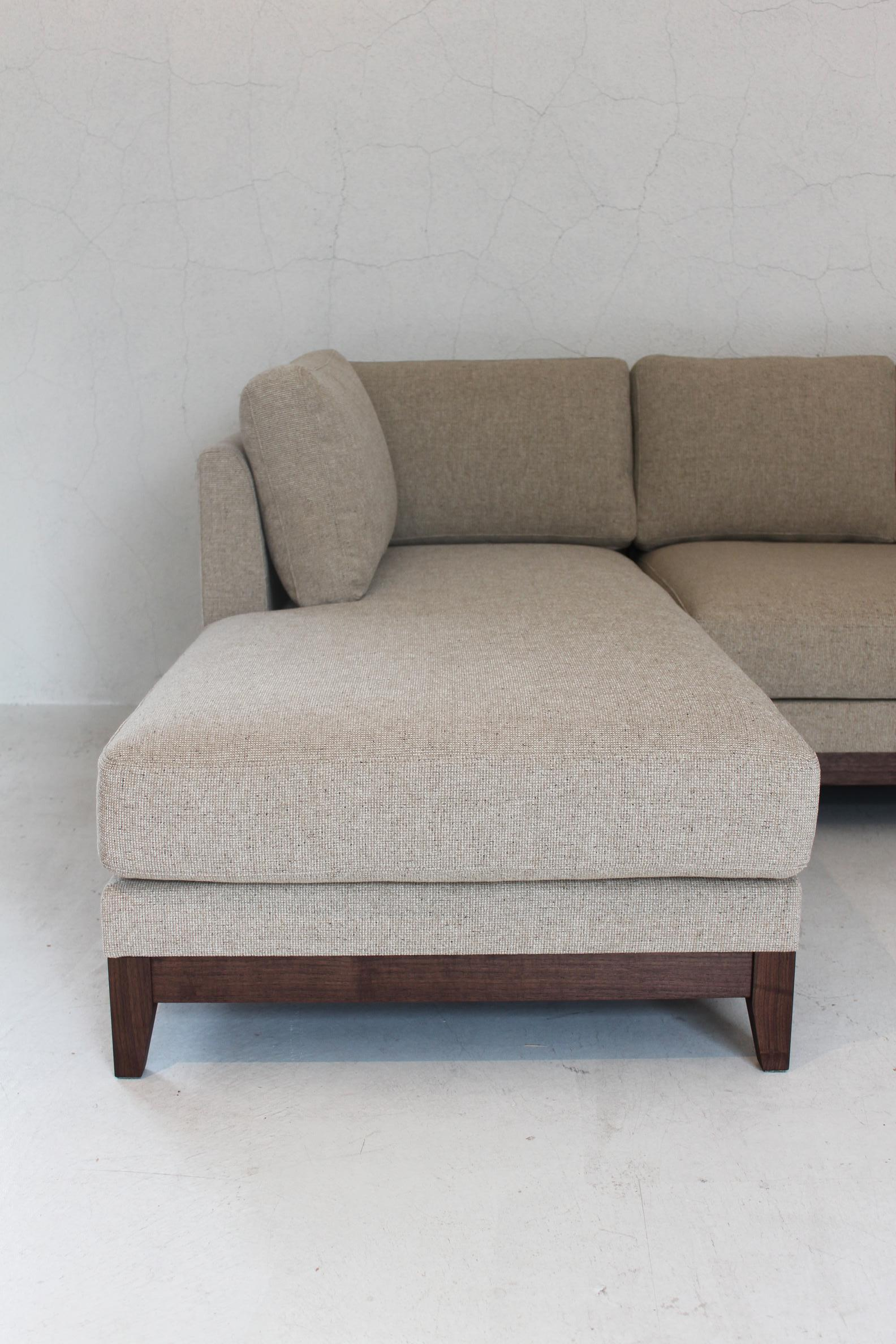 IW COUCH SOFA_c0146581_1765538.jpg