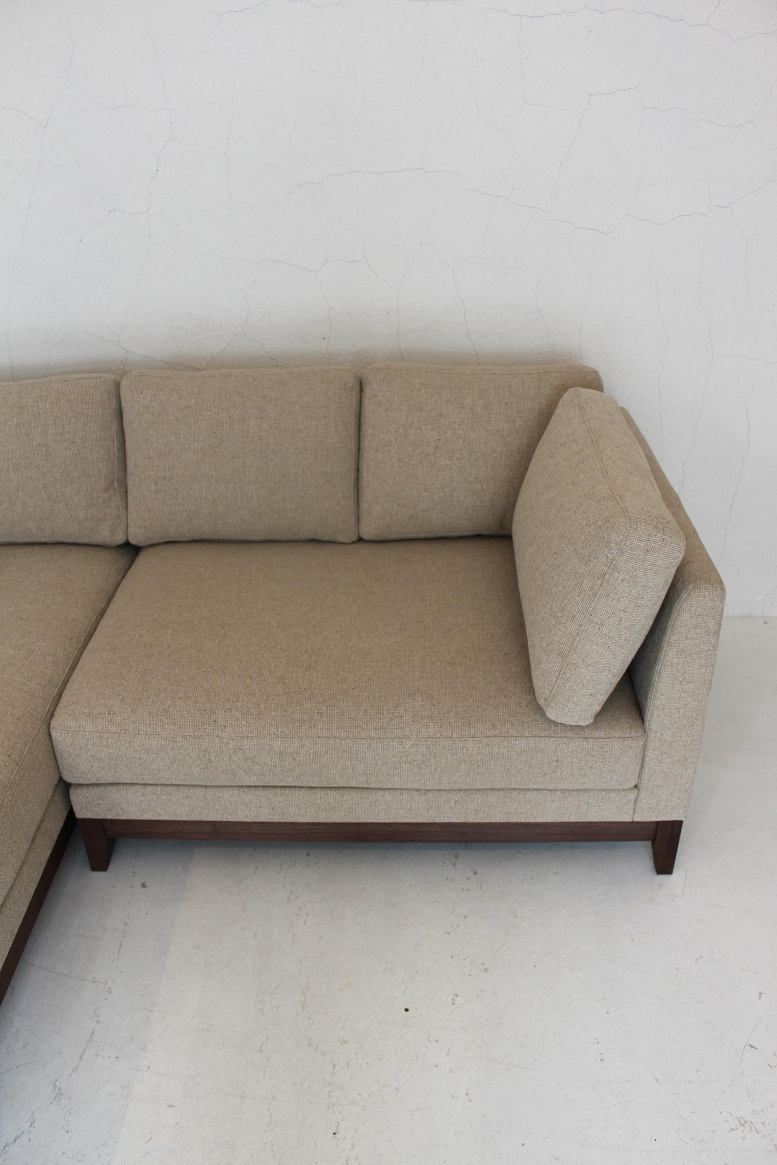 IW COUCH SOFA_c0146581_1773326.jpg