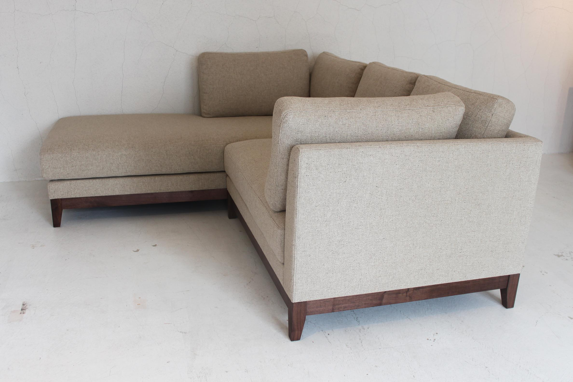 IW COUCH SOFA_c0146581_1785488.jpg