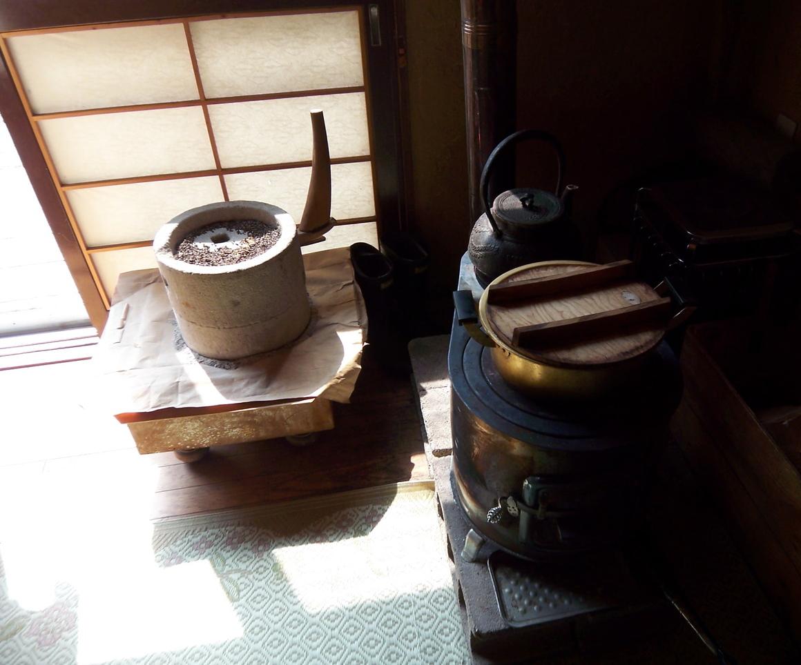 蕎麦の名店、札幌西野の雨耕庵_c0180686_17593633.jpg