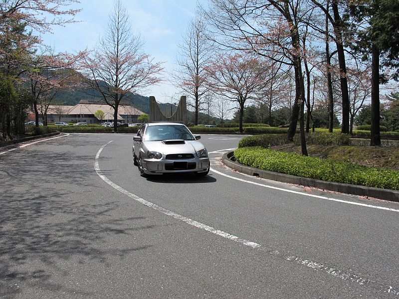 桜まつり最終日に特別なインプレッサを比較テスト_f0076731_15493150.jpg