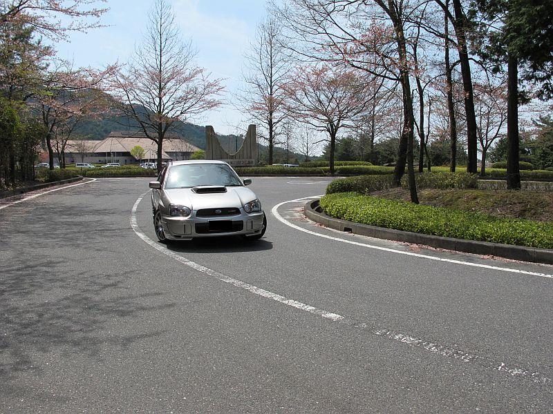桜まつり最終日に特別なインプレッサを比較テスト_f0076731_15581521.jpg