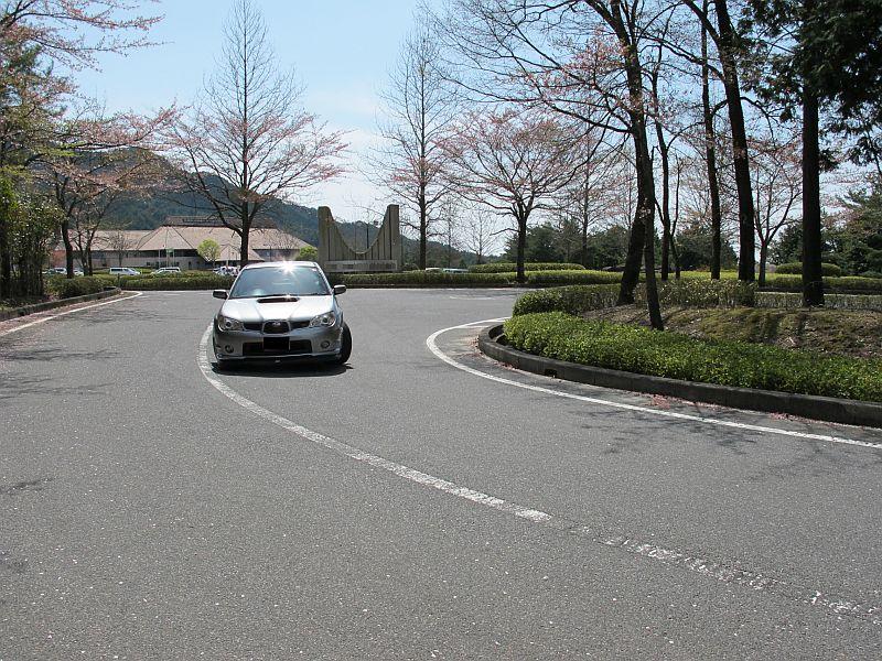 桜まつり最終日に特別なインプレッサを比較テスト_f0076731_1625268.jpg
