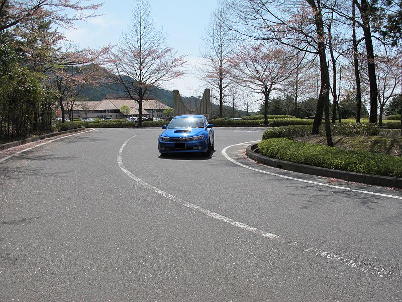 桜まつり最終日に特別なインプレッサを比較テスト_f0076731_163273.jpg