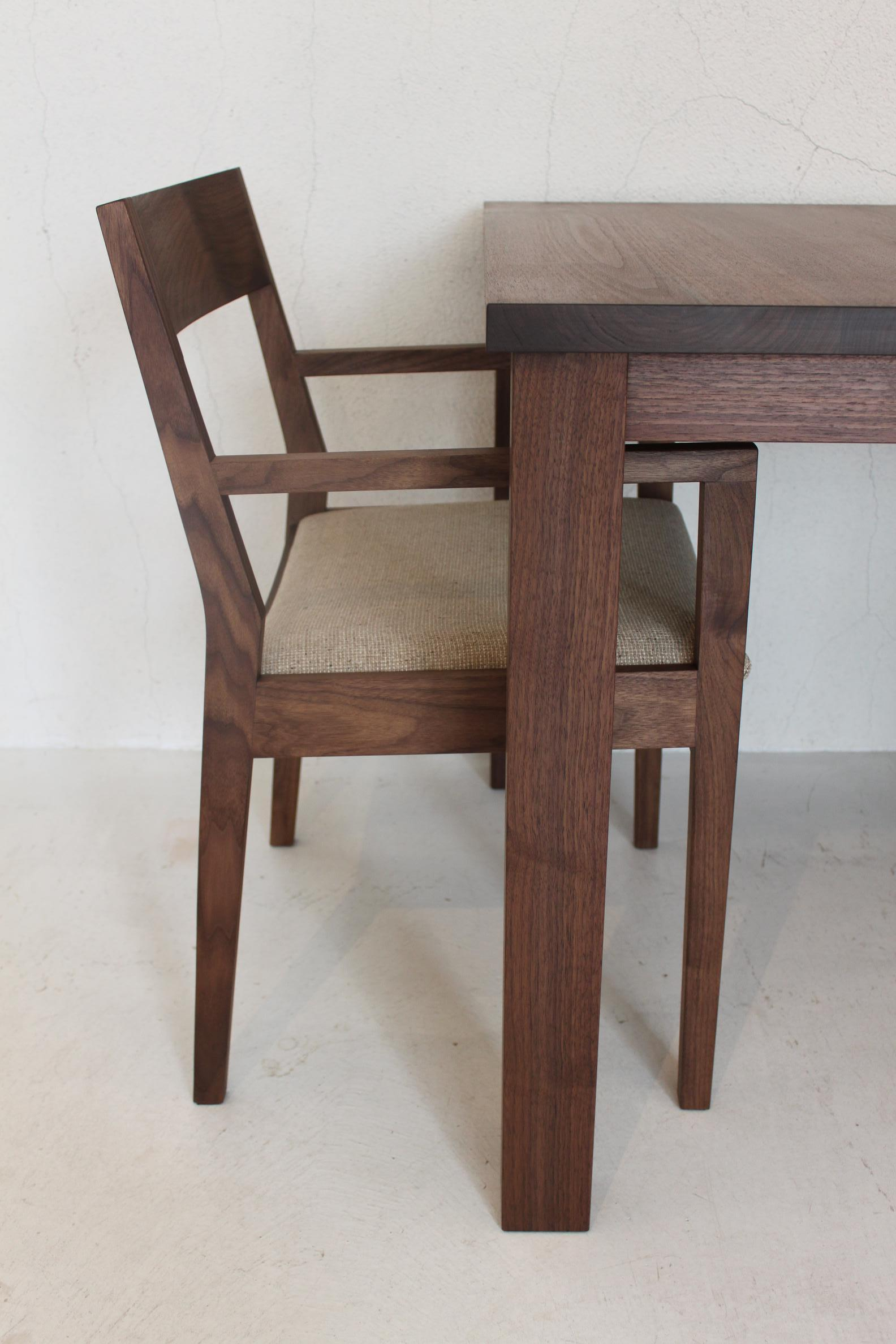 SQUARE DINING TABLE SET_c0146581_184127.jpg