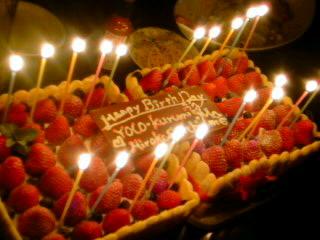HAPPY BIRTHDAY!・・・シャルロット風ガトー・フレーズ。_f0177295_946133.jpg