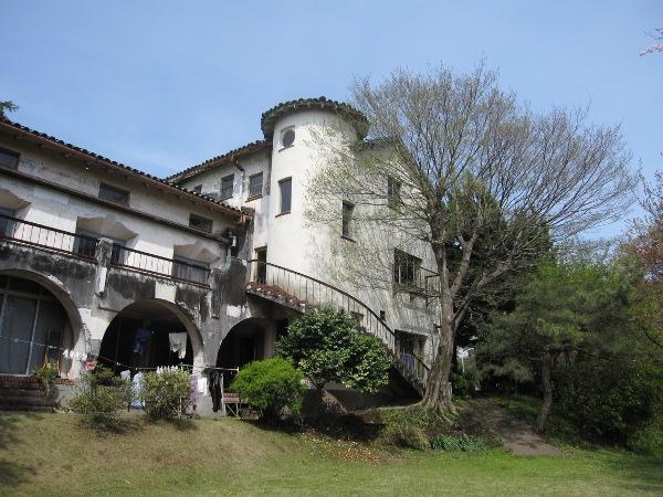 グリーンハウス(旧藤沢カントリー倶楽部クラブハウス)_d0138618_163956.jpg