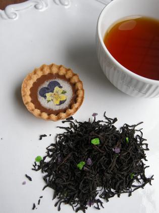 violette:スミレの紅茶_f0038600_1691285.jpg