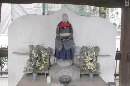 品川宿で見たこと_f0211178_1811012.jpg