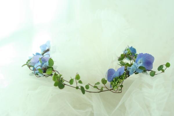 花のクラウンと花のアームレット 青のあじさいで_a0042928_23491469.jpg