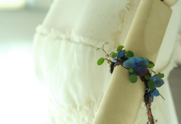 花のクラウンと花のアームレット 青のあじさいで_a0042928_23492422.jpg