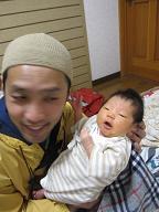 赤ちゃんのいる生活(パパが来た)_a0046305_15544010.jpg