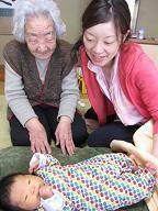赤ちゃんのいる生活(パパが来た)_a0046305_17302814.jpg