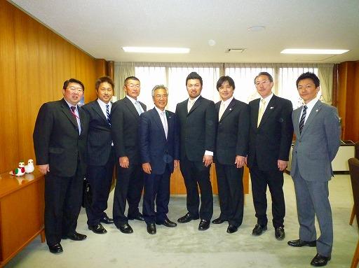 市長室にて_b0150120_14325621.jpg