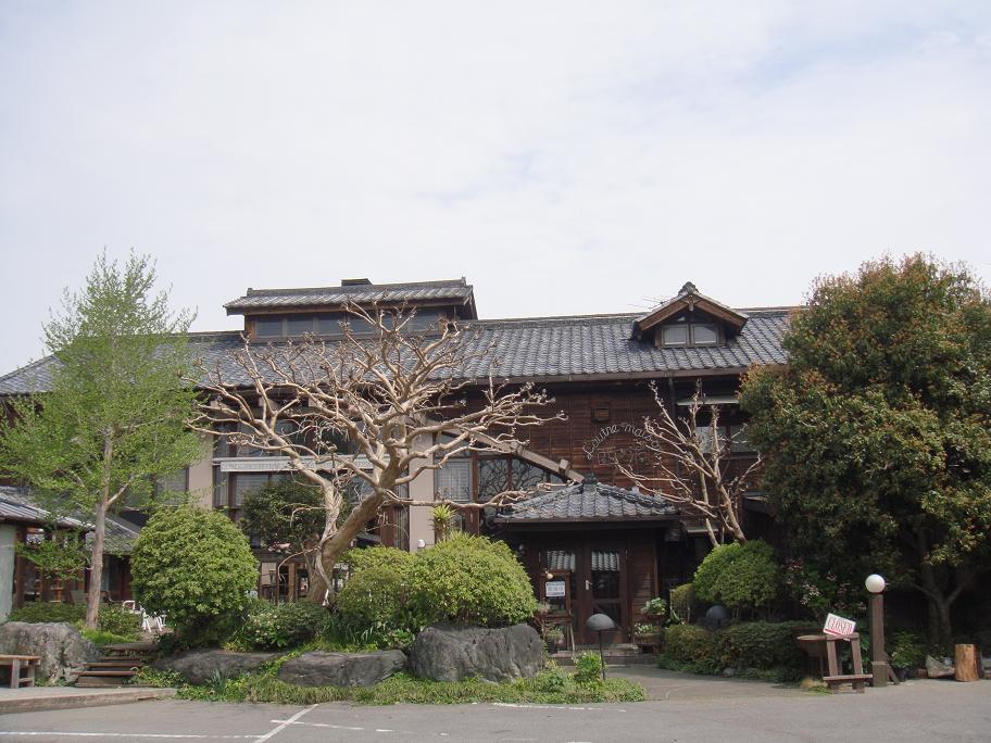 日高憲男 音楽道場の風景_e0097491_12155626.jpg