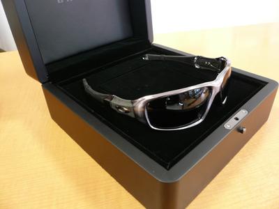 OAKLEYエリートコレクションC SIX Aluminium入荷!_c0003493_9332771.jpg