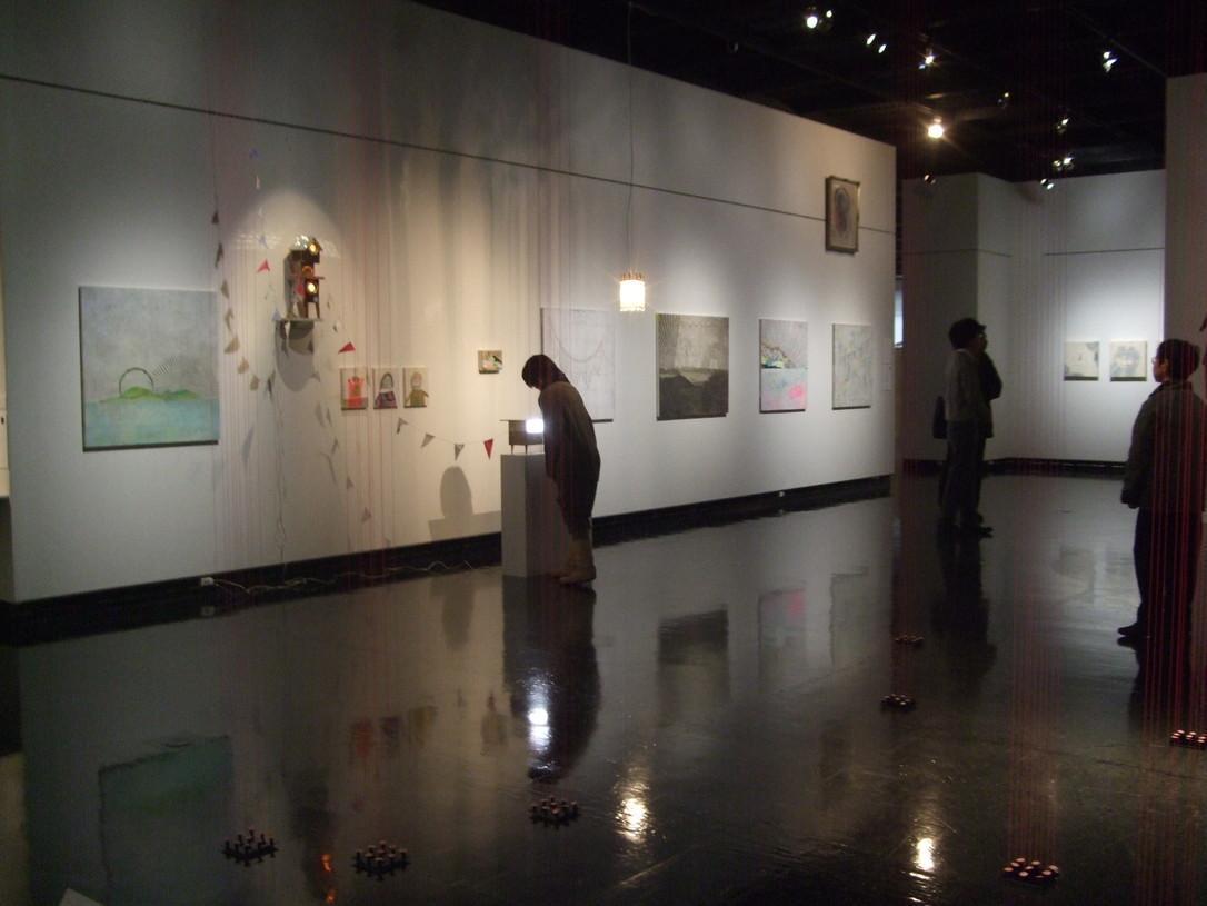 1277) ②近代美術館 「水脈の肖像 09 -日本と韓国、二つの今日」 終了・12月5日(土)~12月13日(日)_f0126829_20542223.jpg